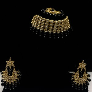 HM Necklace Set Kundan Stone Black Beads Choker With Earrings & Maang Tikka Set For Woman & Girls
