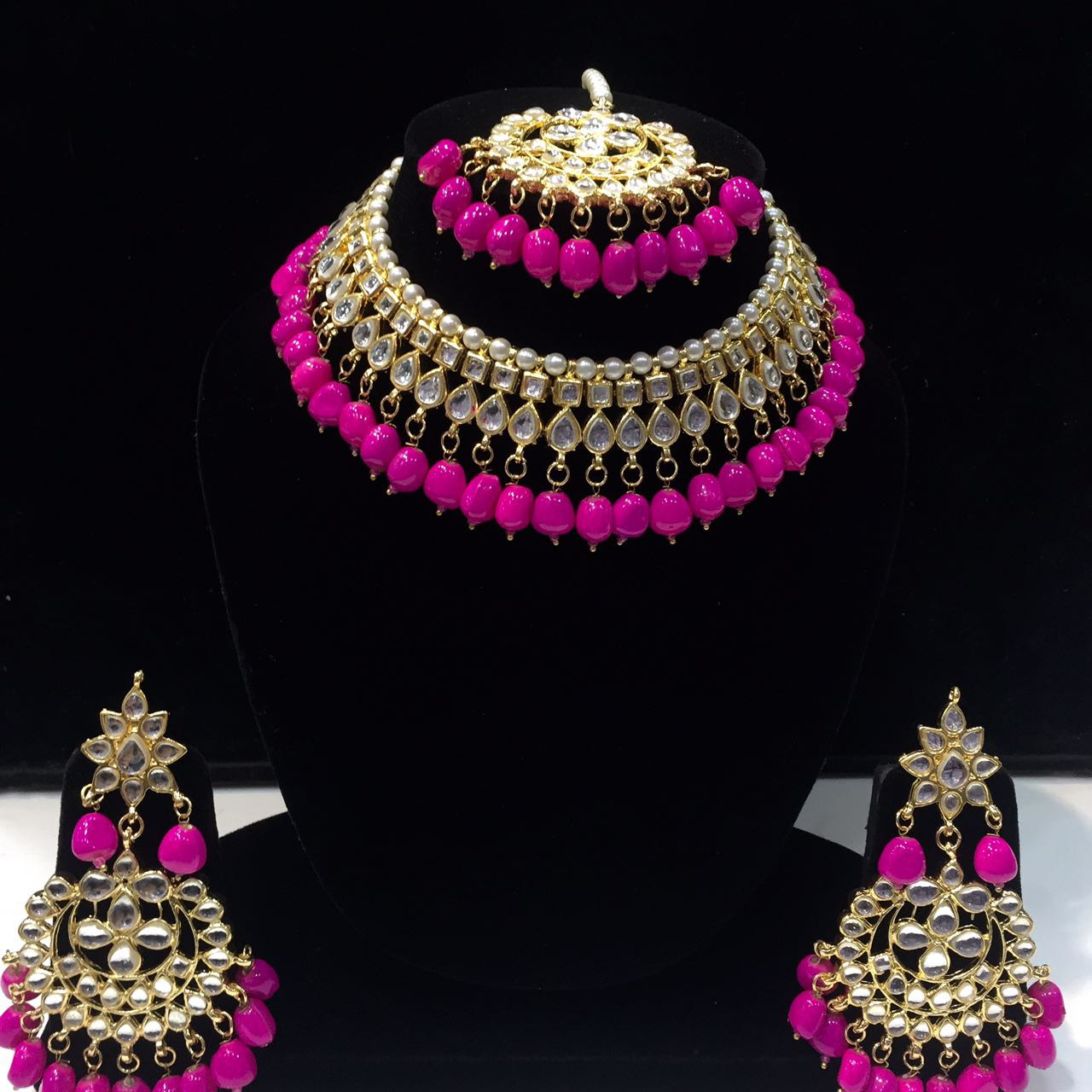 HM Necklace Set Kundan Stone Magenta (Rani) Color Beads Choker Set For Woman & Girls