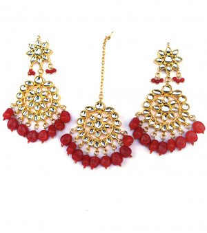 Kundan Earrings with Mang Tikka Maroon Beads