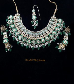 HM Kundan Necklace Set Green Meenakari Work