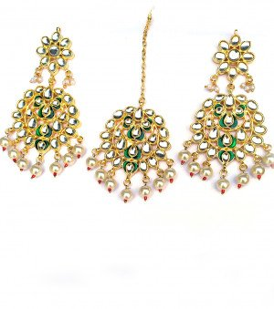 Kundan Earrings with Mang Tikka New Design
