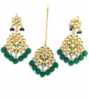 Kundan Earrings with Maang Tikka Green Beads