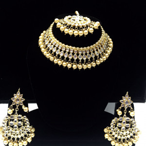 HM Necklace Set Kundan Stone Golden Color Beads Choker Set For Woman & Girls
