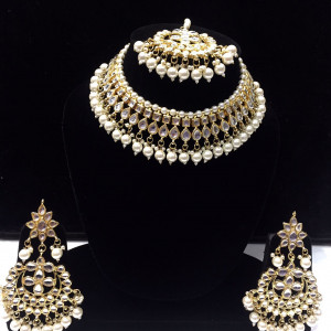 HM Necklace Set Kundan Stone White Color Beads Choker Set For Woman & Girls