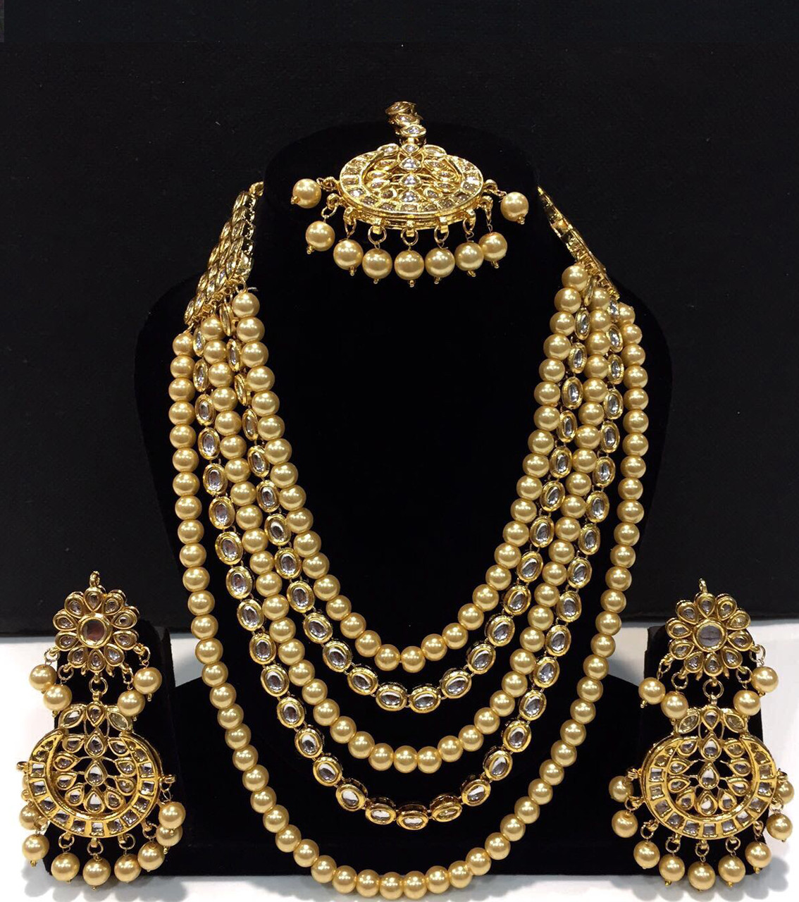 Kundan Long Haar with Golden Color