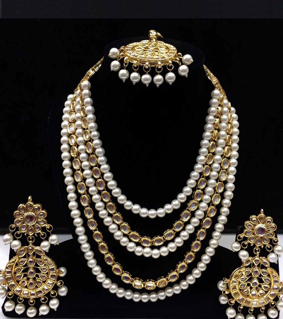 Kundan Long Haar with White Color