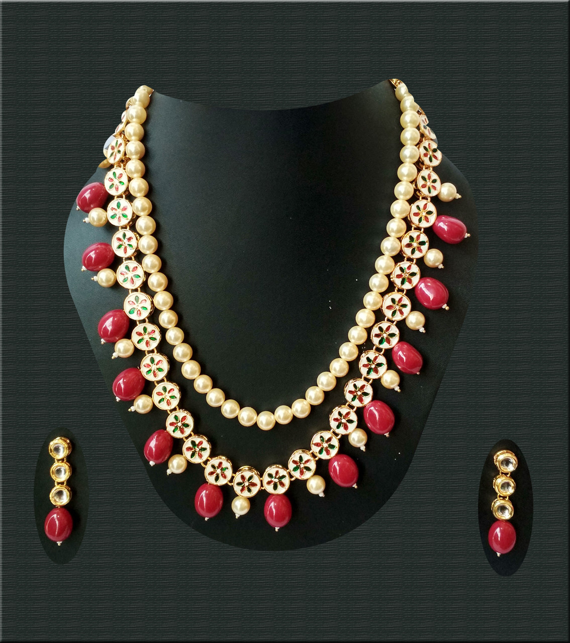 Kundan Necklece Set With Earrings Triangle Maroon